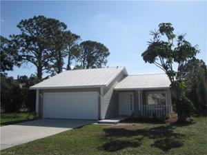 866 101st Ave N, Naples, FL 34108