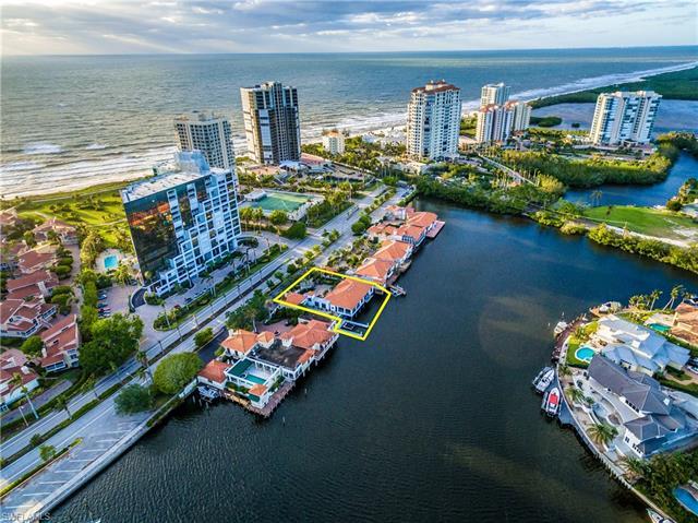 4740 Gulf Shore Blvd N, Naples, FL 34103