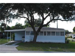 2072 Maple Ave, Fort Myers, FL 33901