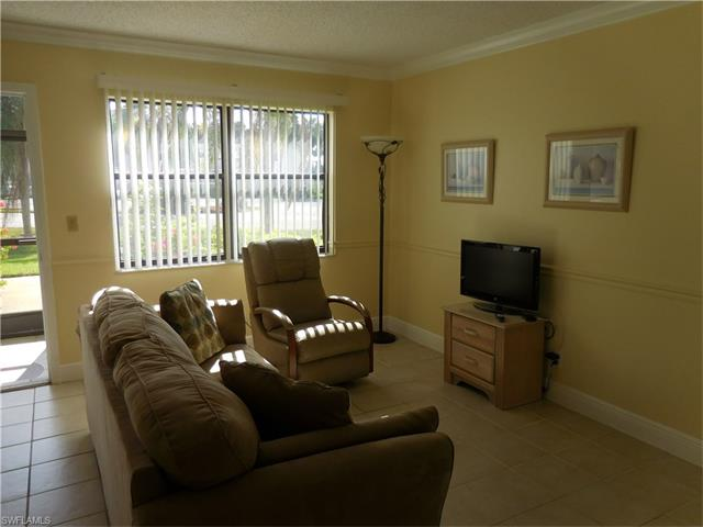 4321 27th Ct Sw 104, Naples, FL 34116