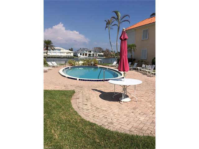 3070 Gulf Shore Blvd N 105, Naples, FL 34103