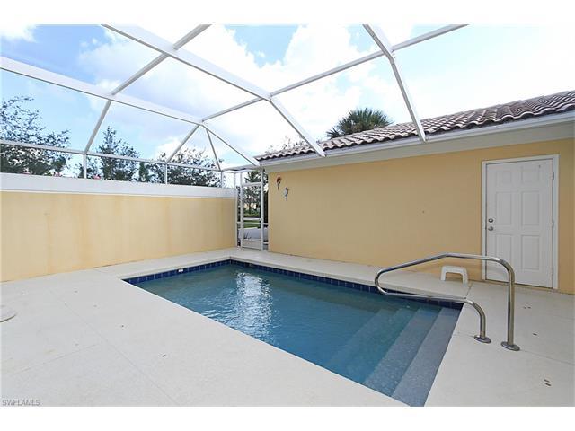8020 Josefa Way, Naples, FL 34114