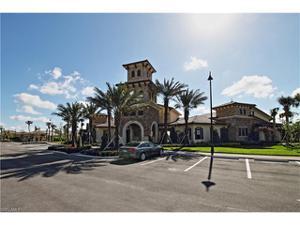 9244 Woodhurst Dr, Naples, FL 34120