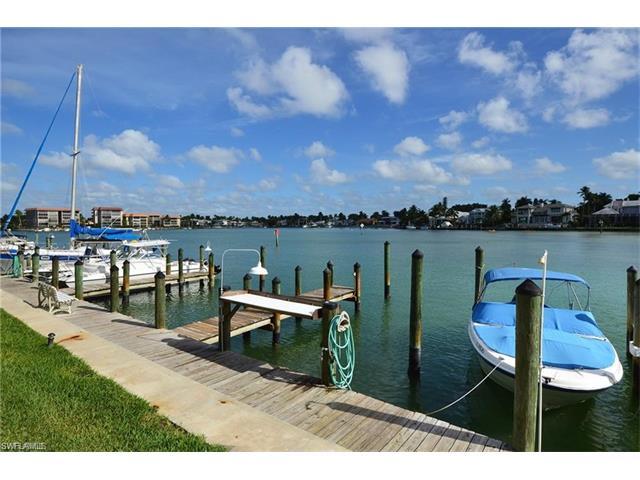 2500 Gulf Shore Blvd N N6, Naples, FL 34103