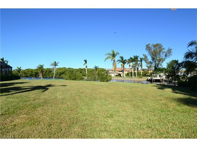 4878 Regal Dr, Bonita Springs, FL 34134