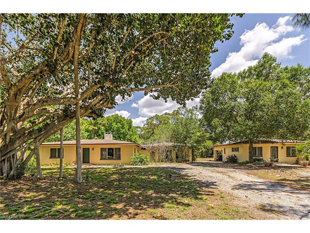 68 East Ave, Naples, FL 34108