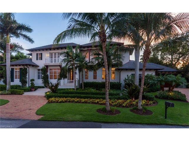 280 Aqua Ct, Naples, FL 34102