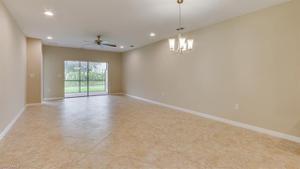 4258 Dutchess Park Rd, Fort Myers, FL 33916