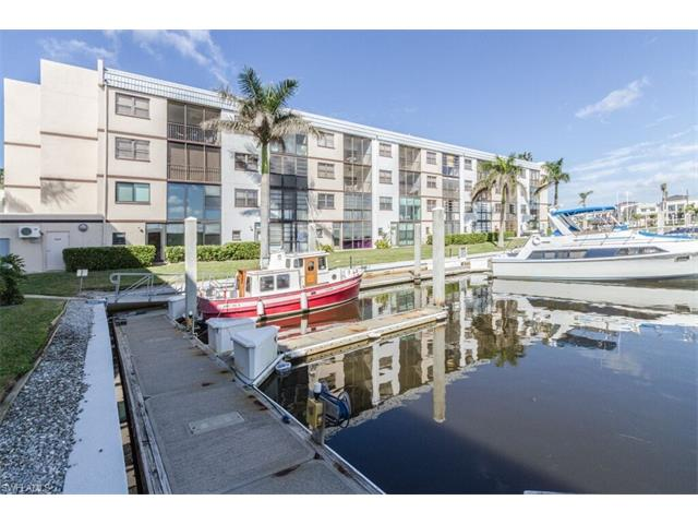 801 River Point Dr 206a, Naples, FL 34102
