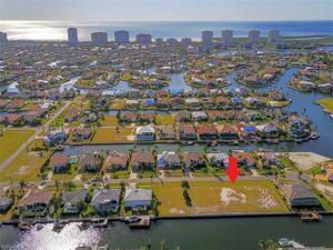449 Waterleaf Ct, Marco Island, FL 34145