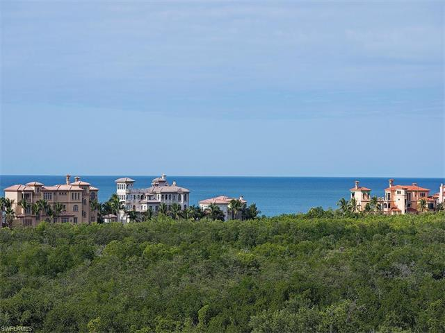 7425 Pelican Bay Blvd 605, Naples, FL 34108