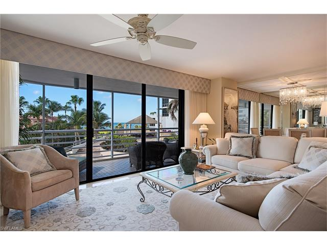 4751 Gulf Shore Blvd N 406, Naples, FL 34103