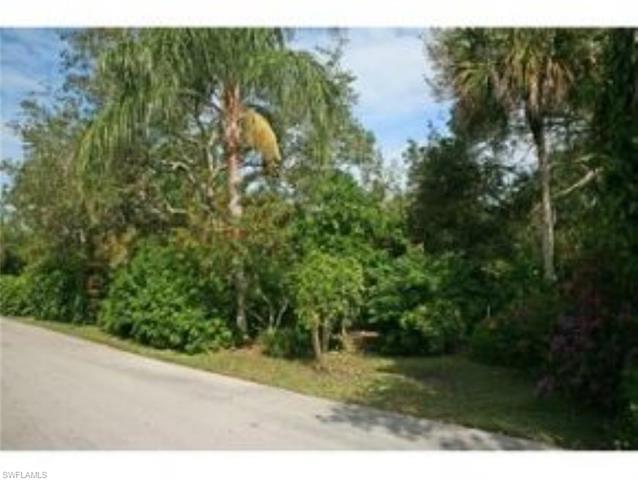 376 Live Oak Ln, Marco Island, FL 34145
