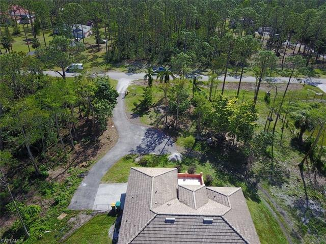 3711 7th Ave Nw, Naples, FL 34120
