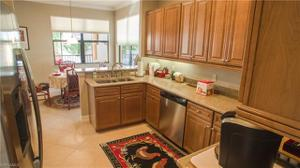 10462 Smokehouse Bay Dr 202, Naples, FL 34120
