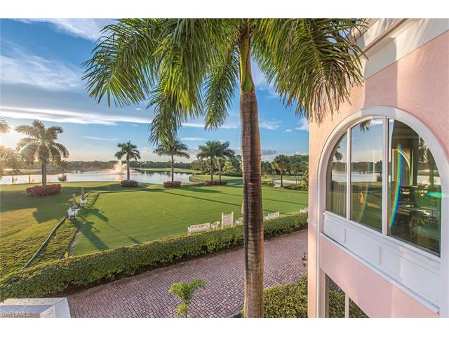 221 Charleston Ct, Naples, FL 34110