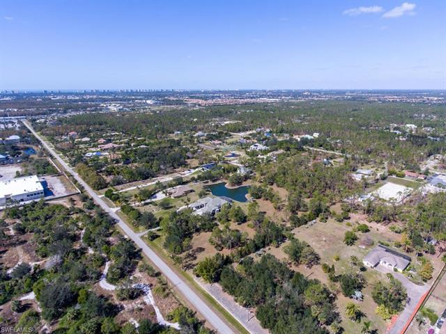 6521 Livingston Woods Ln, Naples, FL 34109