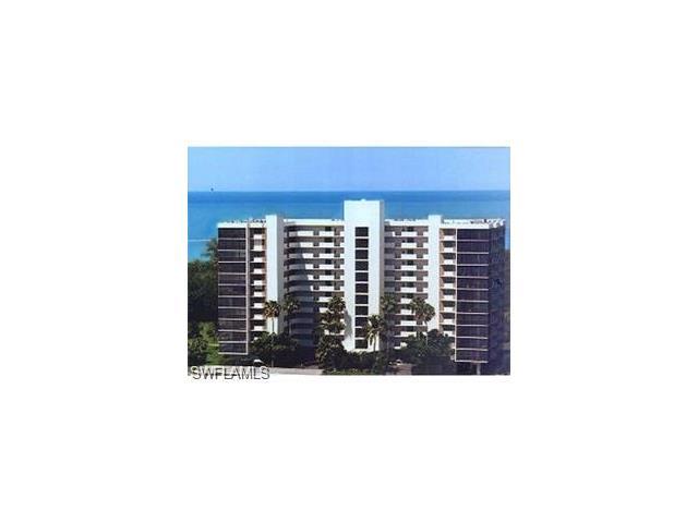 15 Bluebill Ave 105, Naples, FL 34108