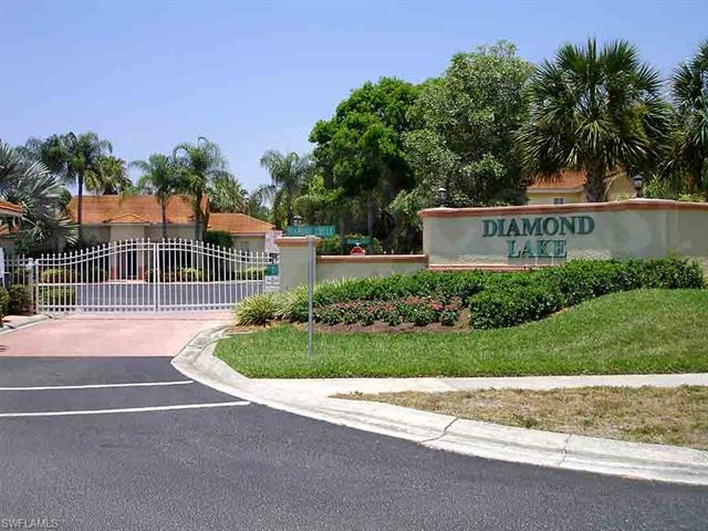 200 Diamond Cir 207, Naples, FL 34110