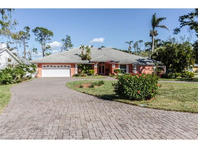 1201 Goldfinch Way 75, Naples, FL 34105