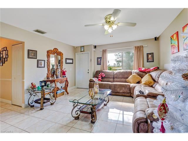 2865 35th Ave Ne, Naples, FL 34120