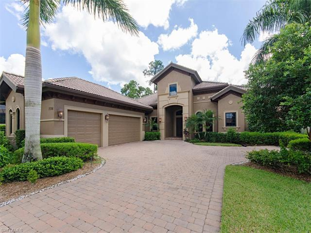 7726 Mickelson Ct, Naples, FL 34113