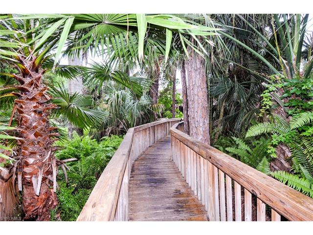 501 Forest Lakes Blvd 1-312, Naples, FL 34105