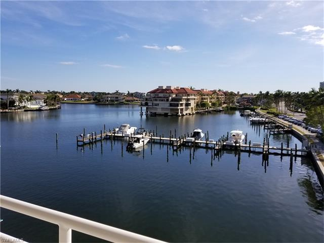 4500 Gulf Shore Blvd N 1-311, Naples, FL 34103