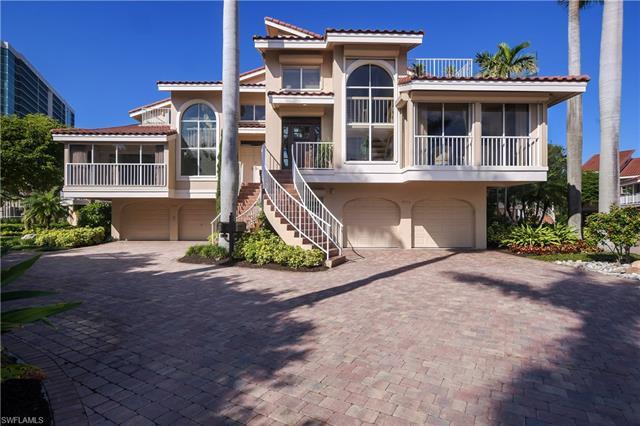 4737 Villa Mare Ln, Naples, FL 34103