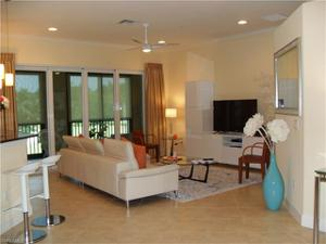 8036 Players Cove Dr 3201, Naples, FL 34113