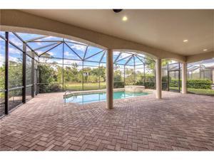 439 Saddlebrook Ln, Naples, FL 34110