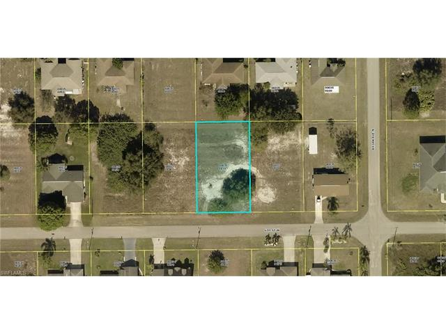 3904 6th St W, Lehigh Acres, FL 33971