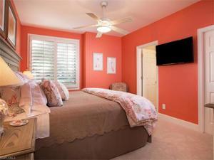 6921 Oakmont Pky, Naples, FL 34108