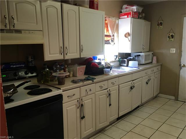 4647 Lavonne Ave, Fort Myers, FL 33905