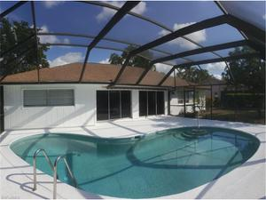 284 Forest Hills Blvd, Naples, FL 34113