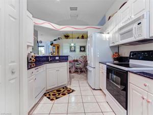 15120 Sterling Oaks Dr, Naples, FL 34110