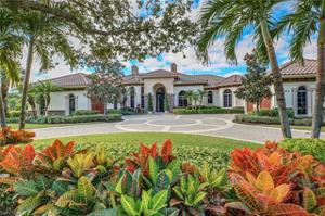 6297 Highcroft Dr, Naples, FL 34119