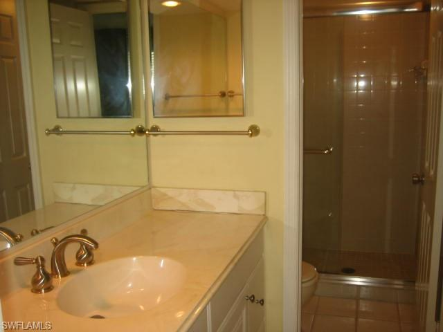228 Fox Glen Dr 3209, Naples, FL 34104