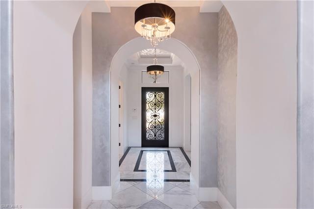 2191 Residence Cir, Naples, FL 34105