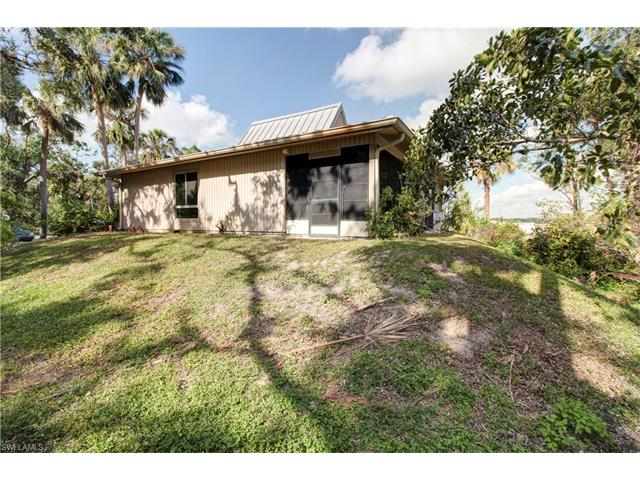 900 Henderson Creek Dr C-120, Naples, FL 34114