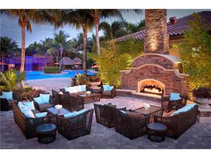 8069 Players Cove Dr 101, Naples, FL 34113