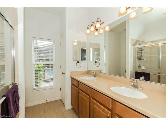 8829 Fawn Ridge Dr, Fort Myers, FL 33912