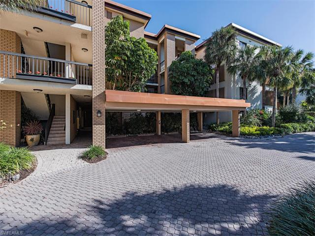 6770 Pelican Bay Blvd 221, Naples, FL 34108