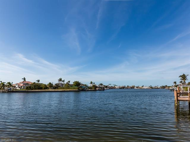 226 Waterway Ct 6-201, Marco Island, FL 34145