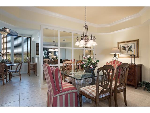 7117 Pelican Bay Blvd 303, Naples, FL 34108