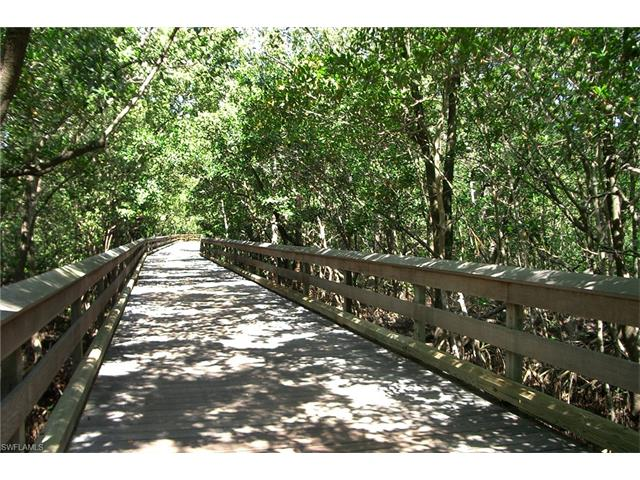 6075 Pelican Bay Blvd 1102, Naples, FL 34108