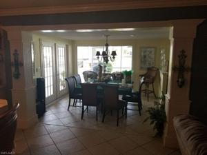 5307 Mayfair Ct, Cape Coral, FL 33904