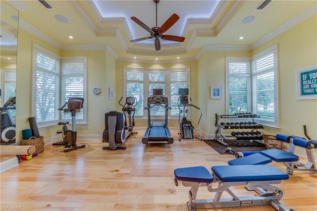 5926 Drexel Ct, Naples, FL 34119