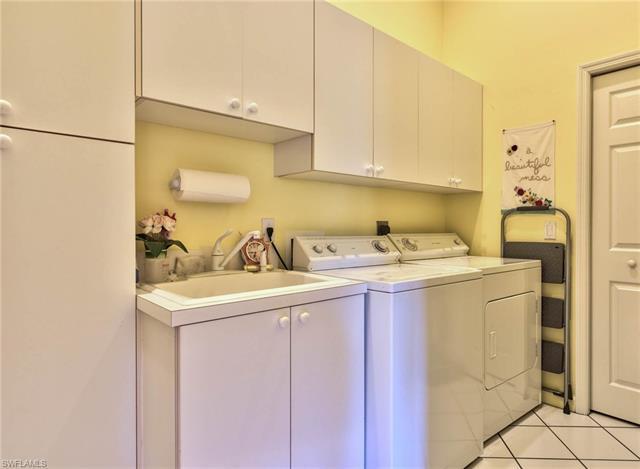 2100 Cascades Dr 4910, Naples, FL 34112