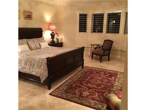 285 Grande Way 701, Naples, FL 34110